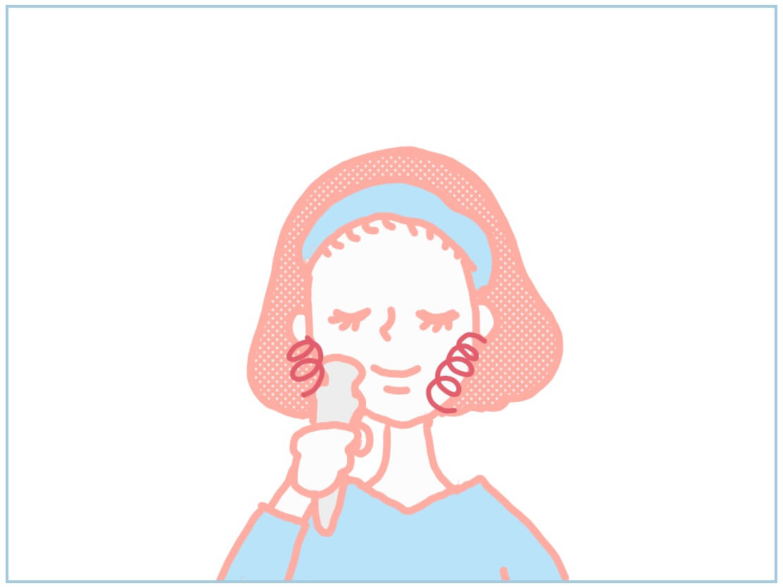 ララルーチュの使い方・美顔器を当ててくるくると回しながら使う